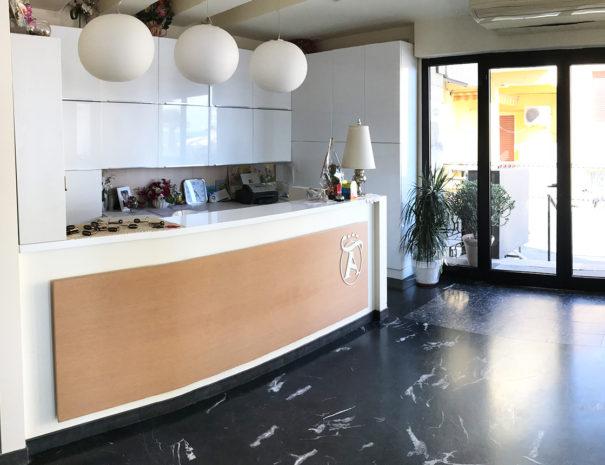 gallery-reception-2-hotel-laigueglia