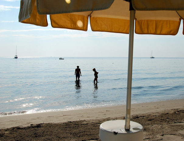 gallery-2-ombrellone-spiaggia-laigueglia
